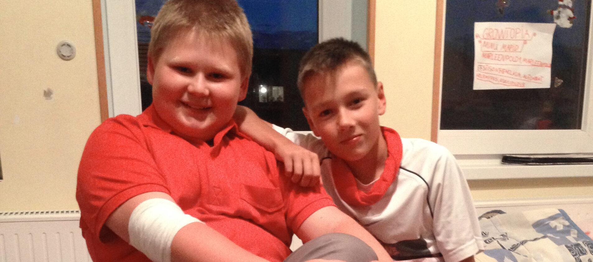 Andrei och Marten som kompisar när de är 11 år