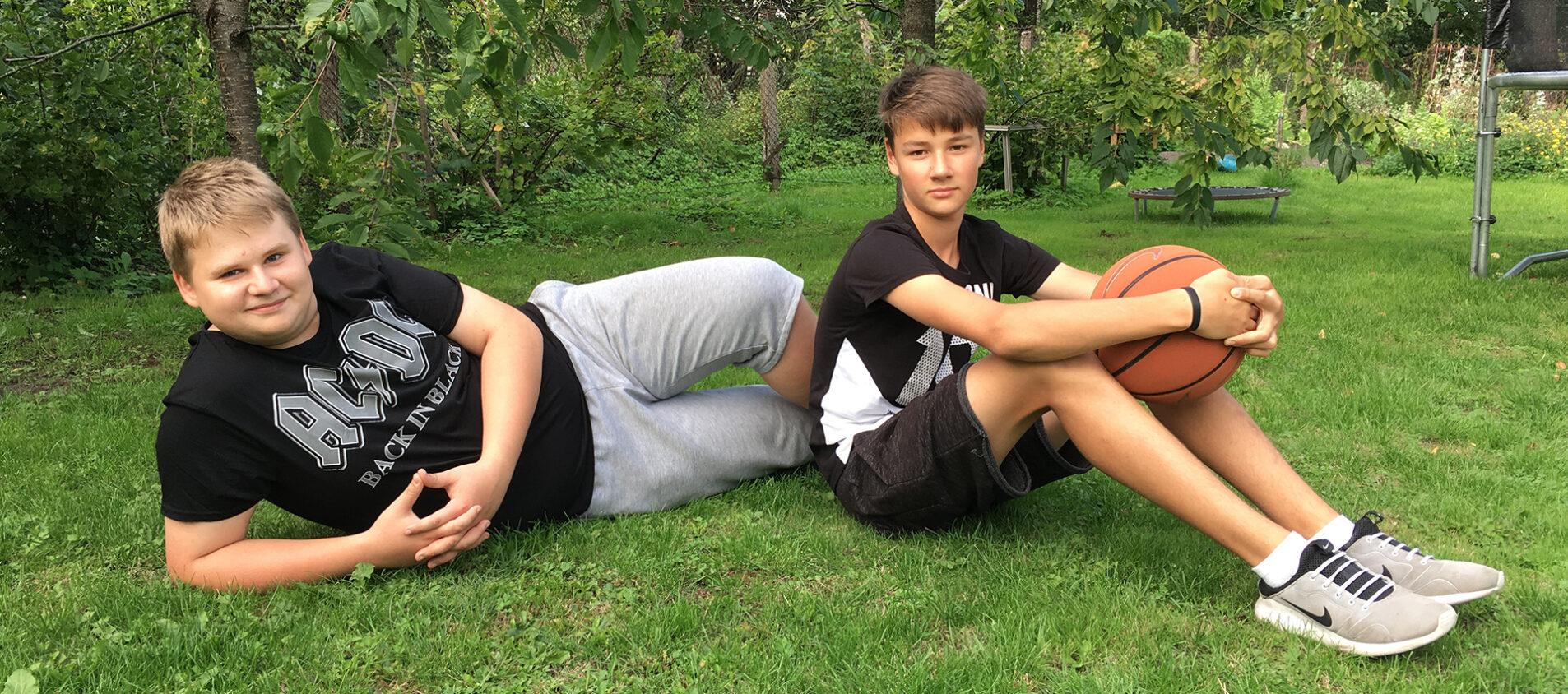 Andrei och Marten gillar olika saker, men är goda vänner ändå.