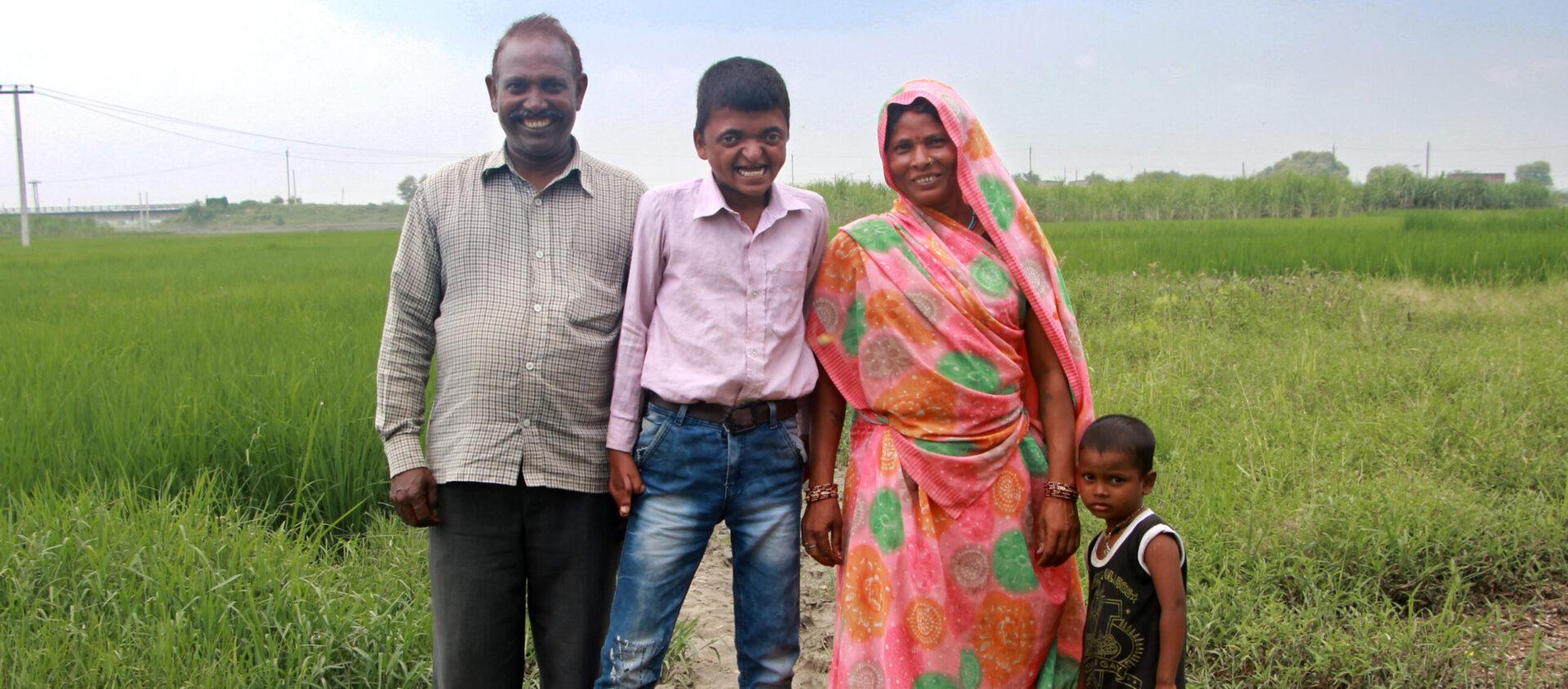 Sandeep med sin familj