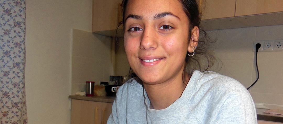 Maya 17 år från Rumänien