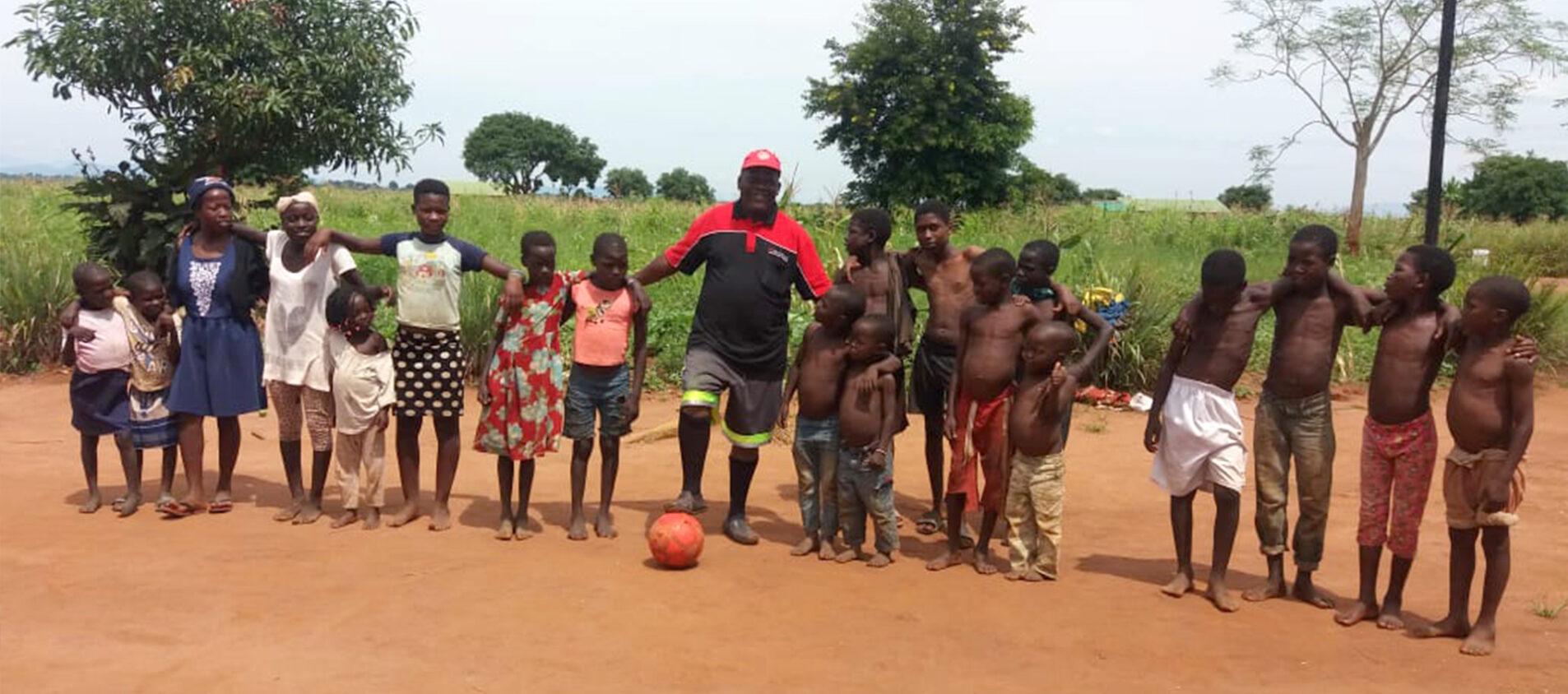 Fotbollsgänget på rad
