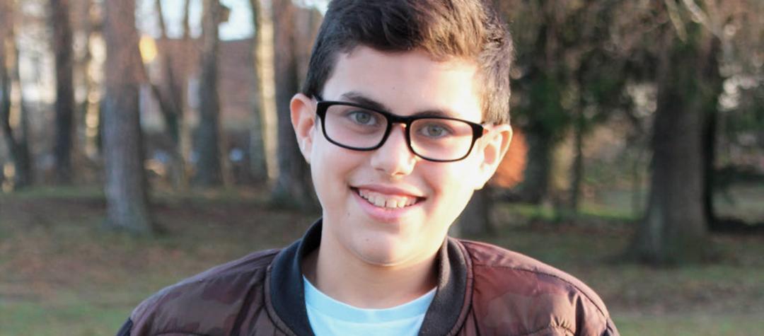 Abdullah var 2 år när kriget i Irak bröt ut. Nu är han 13 år och lever ett tryggt liv i Sverige.