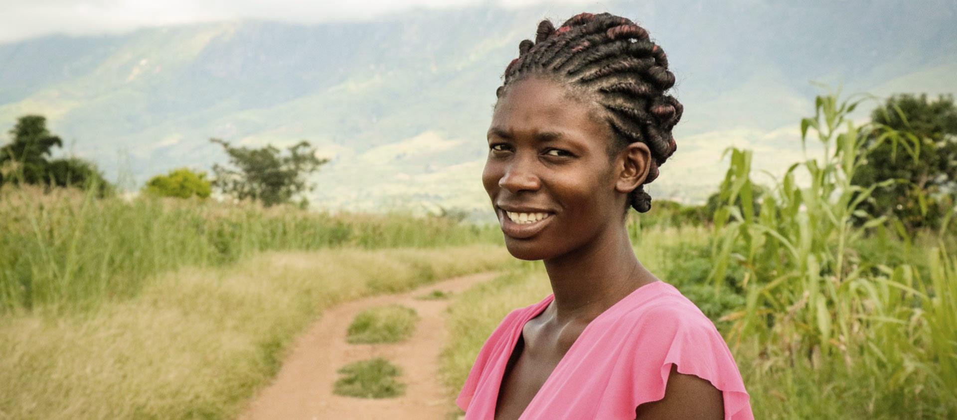 Alinafe kommer från en mycket fattig by i södra Malawi.