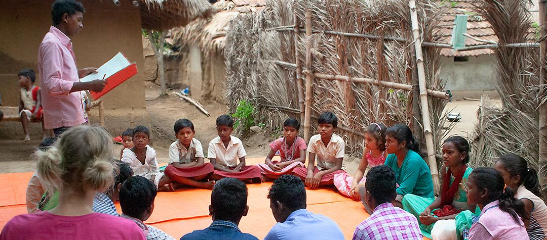 Barnparlamentet samlas för att diskutera miljö, hälsa och utbildning.