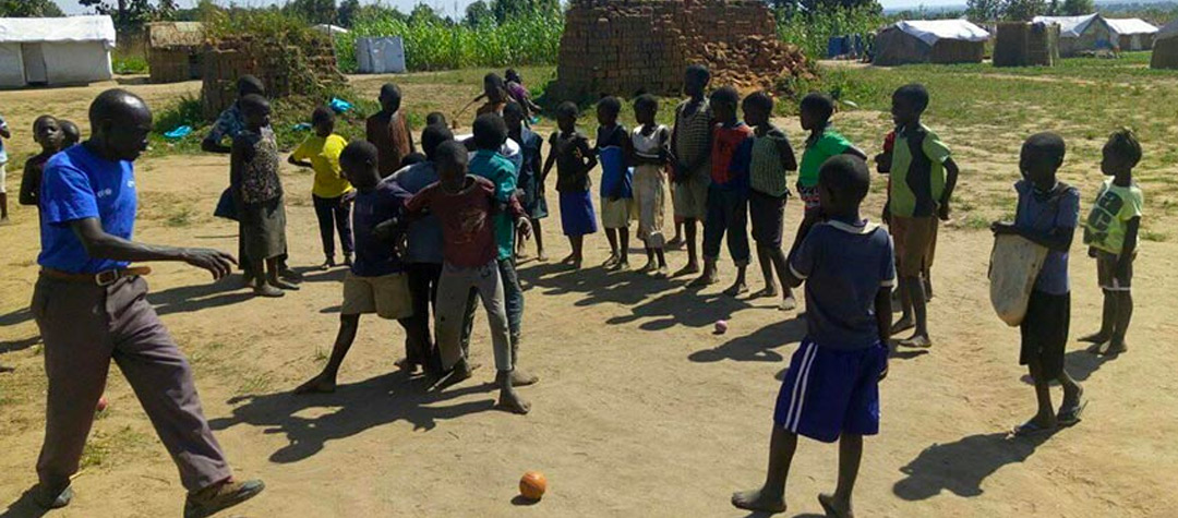 I norra Uganda finns Bidi Bidi, världens just nu största flyktingläger. Där bor 285 000 människor.