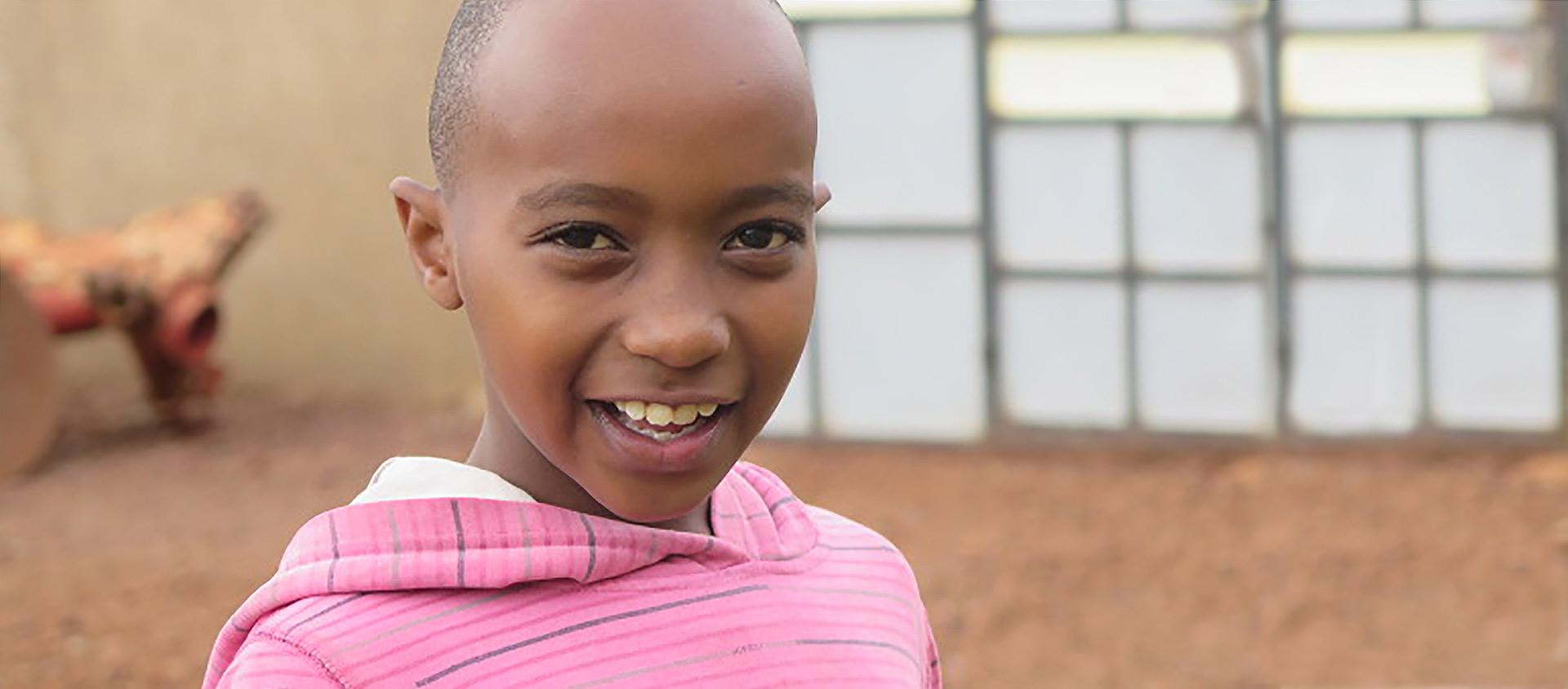 FILM: Rafiki besöker Elvis som bor i Kenya