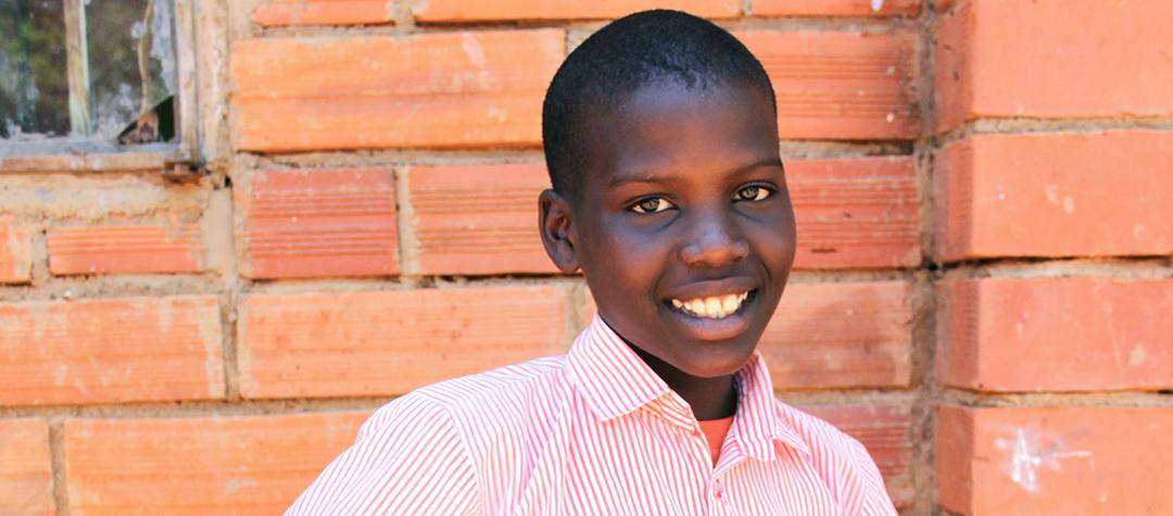 Vanessa bor i Ugnada. De brukar äta sötpotatis, ris, matoke och fisk.
