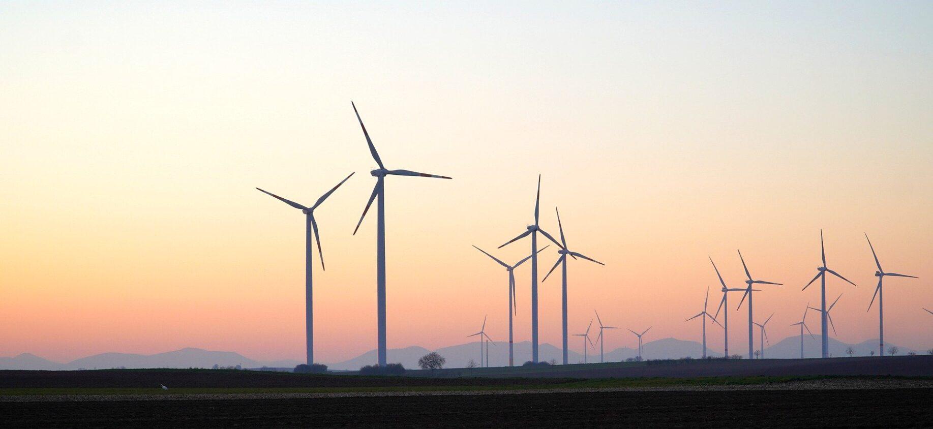 Vindkraft är en typ av förnyelsebar energi